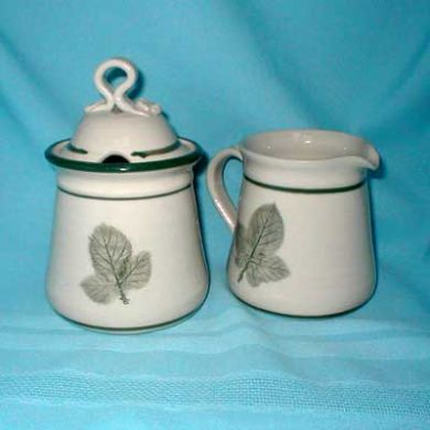 Cream & Sugar set/New Green Leaf